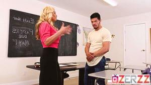 Yakışıklı öğrencisi hocasını sikti